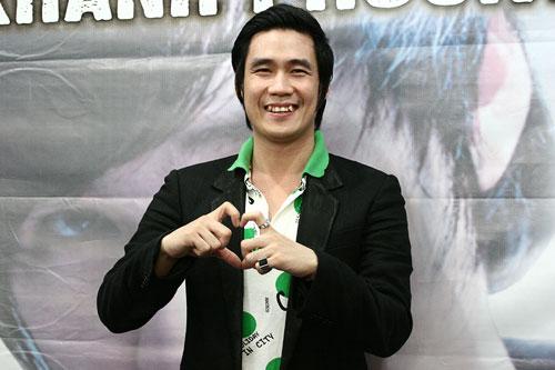 """Khánh Phương gặp tai nạn """"nhạy cảm"""" - 1"""