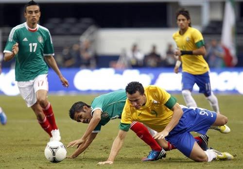 Brazil - Mexico: Cố gắng đến cùng - 1