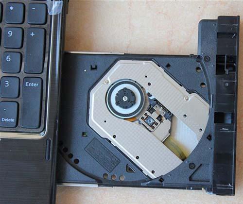 'Mổ xẻ' Dell Inspiron 15R N5110: Đáng đồng tiền - 12