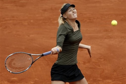 Zakopalova - Sharapova: Ngc dng bt thnh (video tennis, vng 4 Roland Garros), Th thao, video Zakopalova vs Sharapova, Zakopalova - Sharapova, Zakopalova, Sharapova, don nu, tennis, video tennis, quan vot, Roland Garros, Roland Garros 2012, the thao, Phap mo rong, tin the thao, bao the thao
