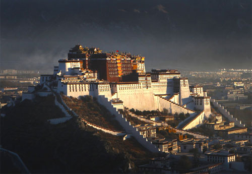 Cung điện Potala trong băng giá