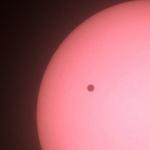 Tin tức trong ngày - Hình ảnh Sao Kim đi qua Mặt Trời tại VN