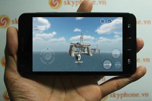 Skyphone VN cho ra mắt chiếc điện thoại lai - 4