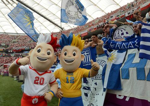 Video: Ấn tượng lễ khai mạc Euro 2012 - 3
