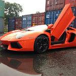 """Ô tô - Xe máy - """"Choáng"""": Lamborghini Aventador màu cam về Việt Nam"""