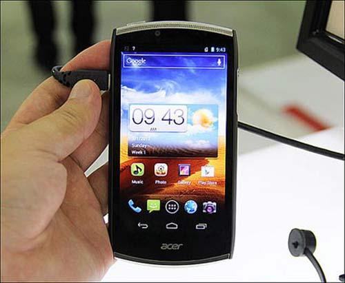 Những Smartphone giá rẻ nào sắp xuất hiện tại VN? - 1