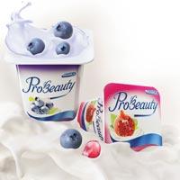Vinamilk giới thiệu sản phẩm sữa chua Collagen mới