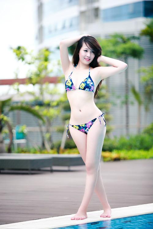 Miss Teen Thu Hà nóng bỏng với bikini - 11