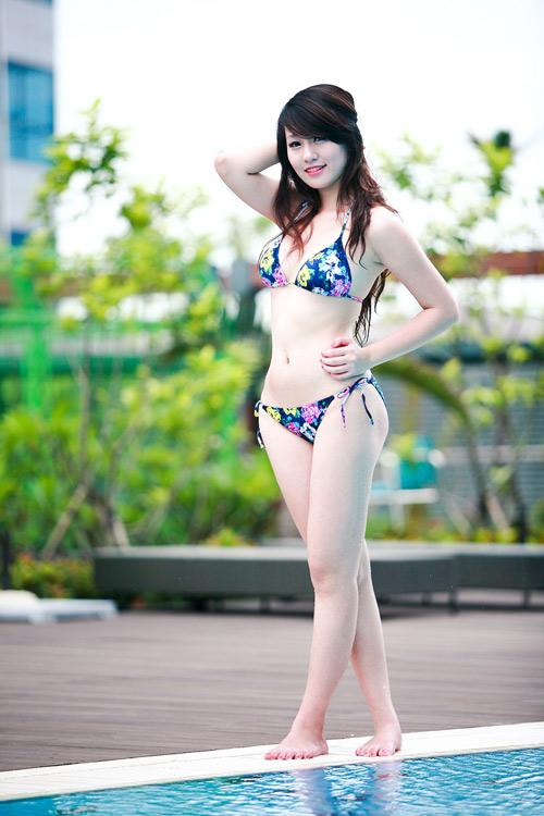 Miss Teen Thu Hà nóng bỏng với bikini - 15