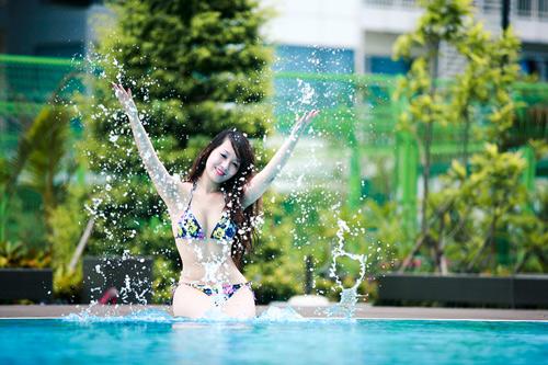 Miss Teen Thu Hà nóng bỏng với bikini - 19