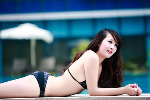 Miss Teen Thu Hà nóng bỏng với bikini - 5