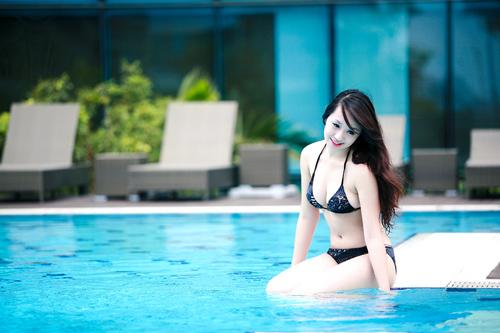 Miss Teen Thu Hà nóng bỏng với bikini - 3