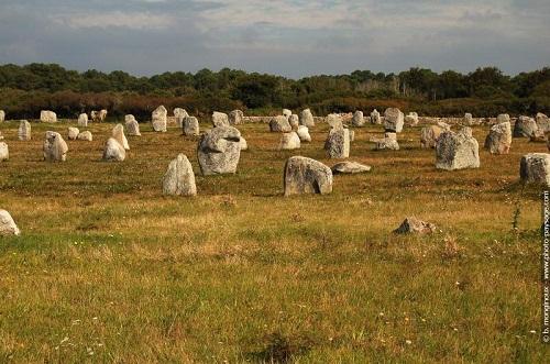 Chiêm ngưỡng đội quân đá bí ẩn ở miền Tây nước Pháp - 4