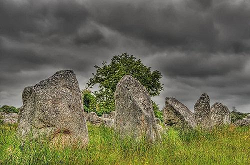 Chiêm ngưỡng đội quân đá bí ẩn ở miền Tây nước Pháp - 9