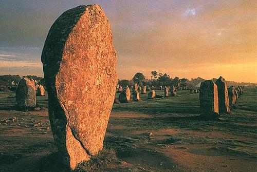 Chiêm ngưỡng đội quân đá bí ẩn ở miền Tây nước Pháp - 14
