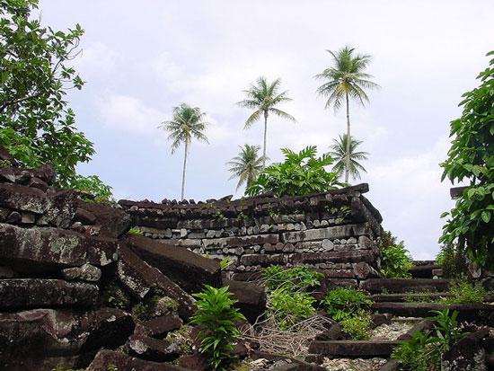 Bí ẩn đằng sau thành phố đá cổ Nan Madol - 1