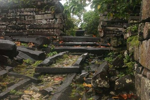 Bí ẩn đằng sau thành phố đá cổ Nan Madol - 9