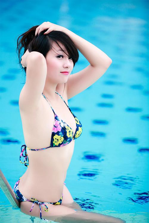 Miss Teen Thu Hà nóng bỏng với bikini - 12