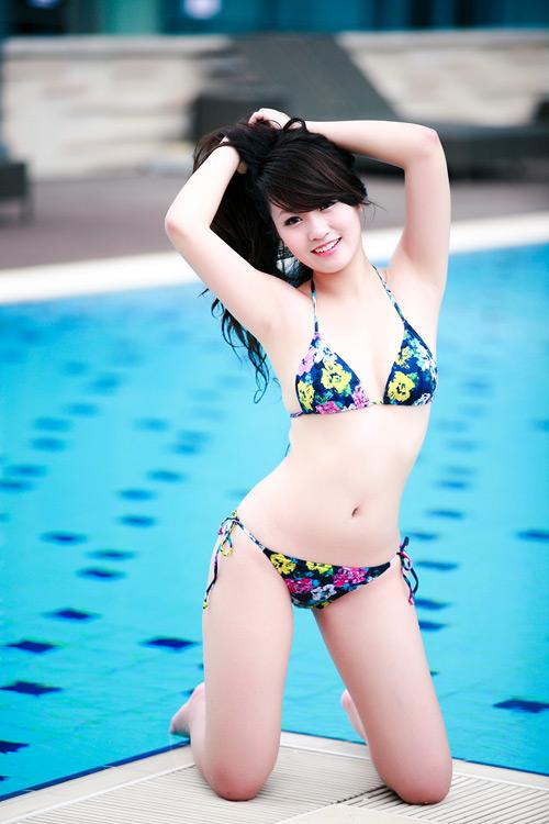 Miss Teen Thu Hà nóng bỏng với bikini - 14