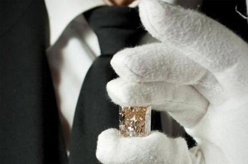 """Những viên kim cương """"bự"""" trên thế giới - 4"""