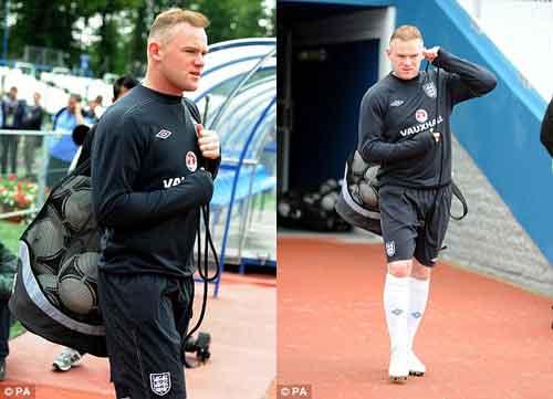 """Rooney """"chơi bời"""" với tóc mới - 1"""
