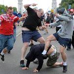 Bóng đá - Toàn cảnh CĐV Ba Lan và Nga hỗn chiến