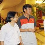 Bóng đá - Thầy trò Phan Thanh Hùng đã về tới Việt Nam