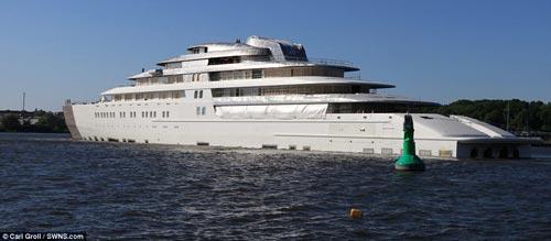 Du thuyền đắt nhất thế giới 620 triệu USD - 1