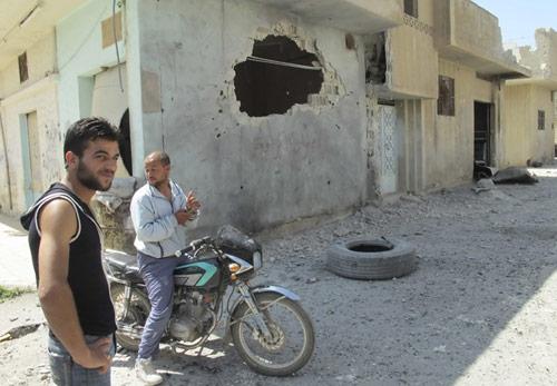 Syria chìm trong nội chiến - 1