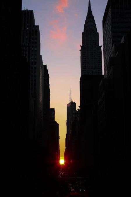 Ngắm hoàng hôn ngoạn mục ở Manhattanhenge - 1