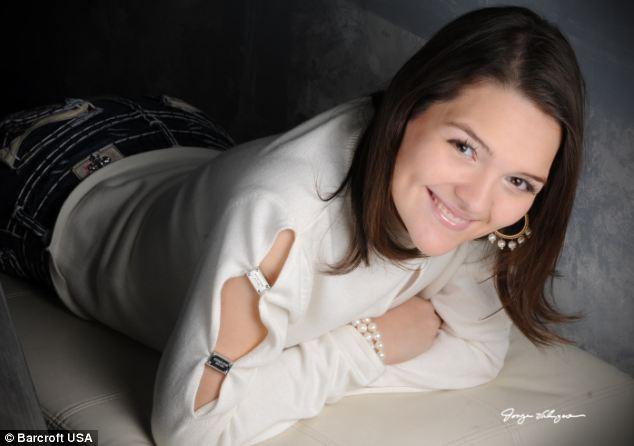 Bé gái 14 tuổi cắt dạ dày để giảm béo - 11