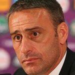 Bóng đá - Bento bênh vực Ronaldo, Olsen bất phục BĐN