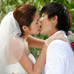 Làm đẹp - Dưỡng môi để... nụ hôn nồng nàn!