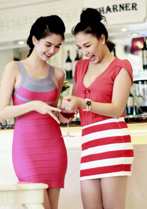 6 bộ đôi chân dài sexy nhất showbiz Việt - 6