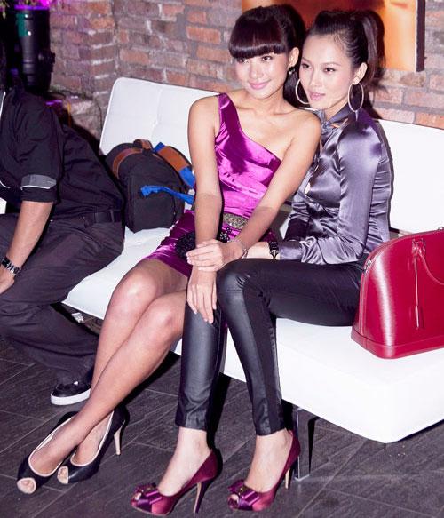 6 bộ đôi chân dài sexy nhất showbiz Việt - 14
