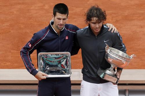 Tennis 8: Djokovic dính bẫy Nadal - 2