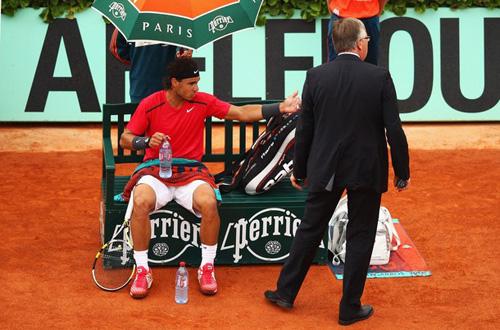 Tennis 8: Djokovic dính bẫy Nadal - 1