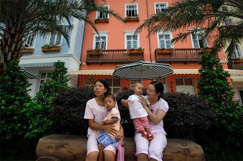 """Trung Quốc trình làng 2 khu làng """"nhái"""" - 6"""