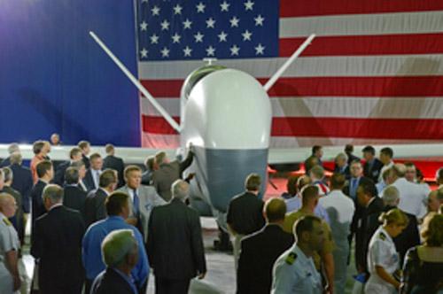 Máy bay không người lái mới nhất của Mỹ - 1