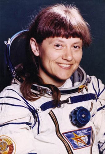 Những phụ nữ đầu tiên bay vào vũ trụ - 3