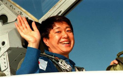 Những phụ nữ đầu tiên bay vào vũ trụ - 8