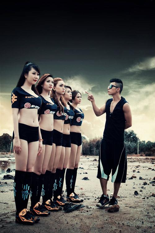Đội bóng Nu Phạm gợi cảm cổ vũ Euro - 9