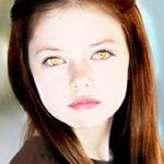 Phim - Phát sốt vì con gái xinh đẹp của ma cà rồng