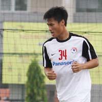 Bóng đá trong nước   Cầu thủ Việt kiều lập công