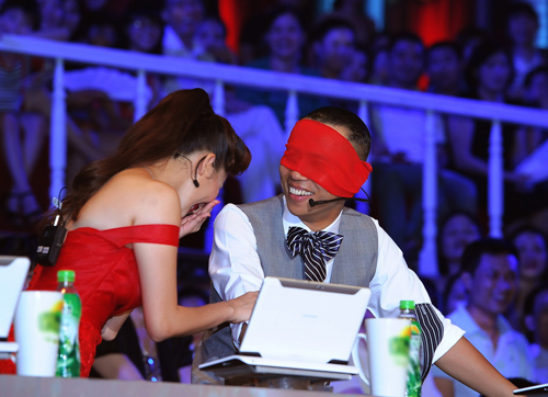 Thảm họa MC đêm chung kết Bước nhảy - 6