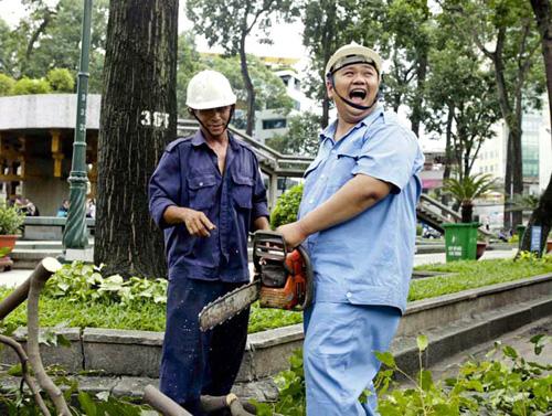 Minh Béo cật lực làm công nhân vệ sinh - 6
