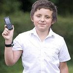 """Phi thường - kỳ quặc - 12 tuổi """"buôn"""" điện thoại với bạn gái hết 55 triệu/tháng"""
