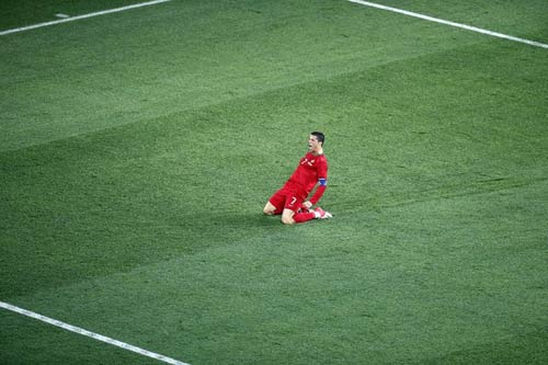BN: Cuc chin l ca Ronaldo, Euro 2012, ronaldo, bdn vs czech, cr7, ronaldo lap cu dup vao luoi ha lan, messi, bento, euro, euro 2012, lich thi dau euro 2012, bong da, bong da 24h, ket qua bong da, bao bong da, lich euro 2012