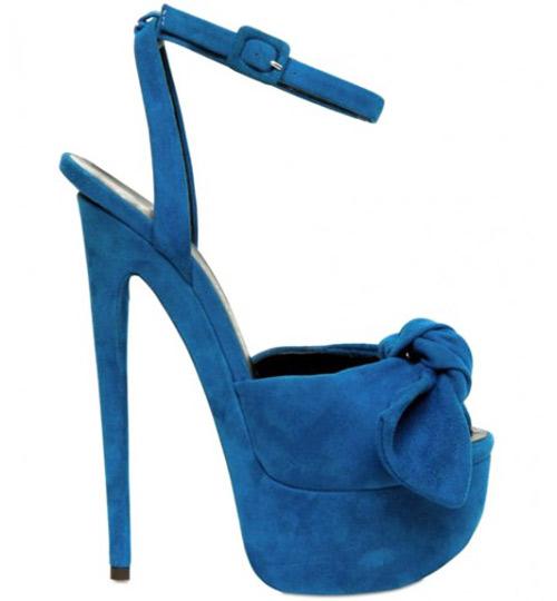 Khảo giá giày hiệu của dàn sao cỡ bự - 13