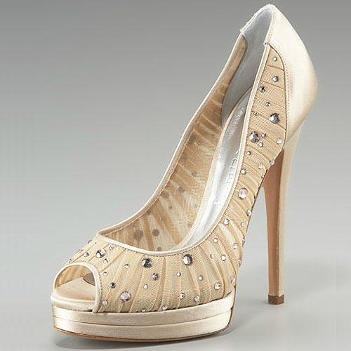 Khảo giá giày hiệu của dàn sao cỡ bự - 22